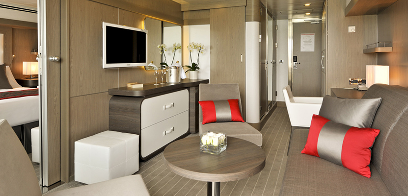 Prestige Suite – Deck 5